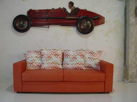 Καναπές-κρεβάτι-Ίμια-μπράτσο-καπιτονέ-πλάτη-ελεύθερα-μαξιλάρια